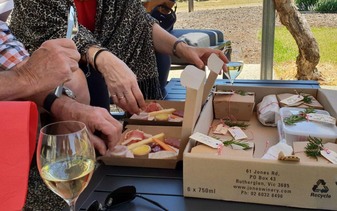 Jones Winery Restaurant -Picnic Hamper