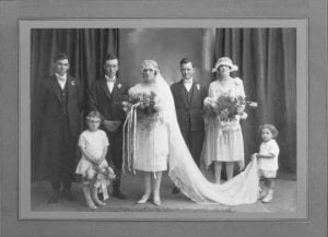 Marriage of Les Jones to Annie Campbell in 1927